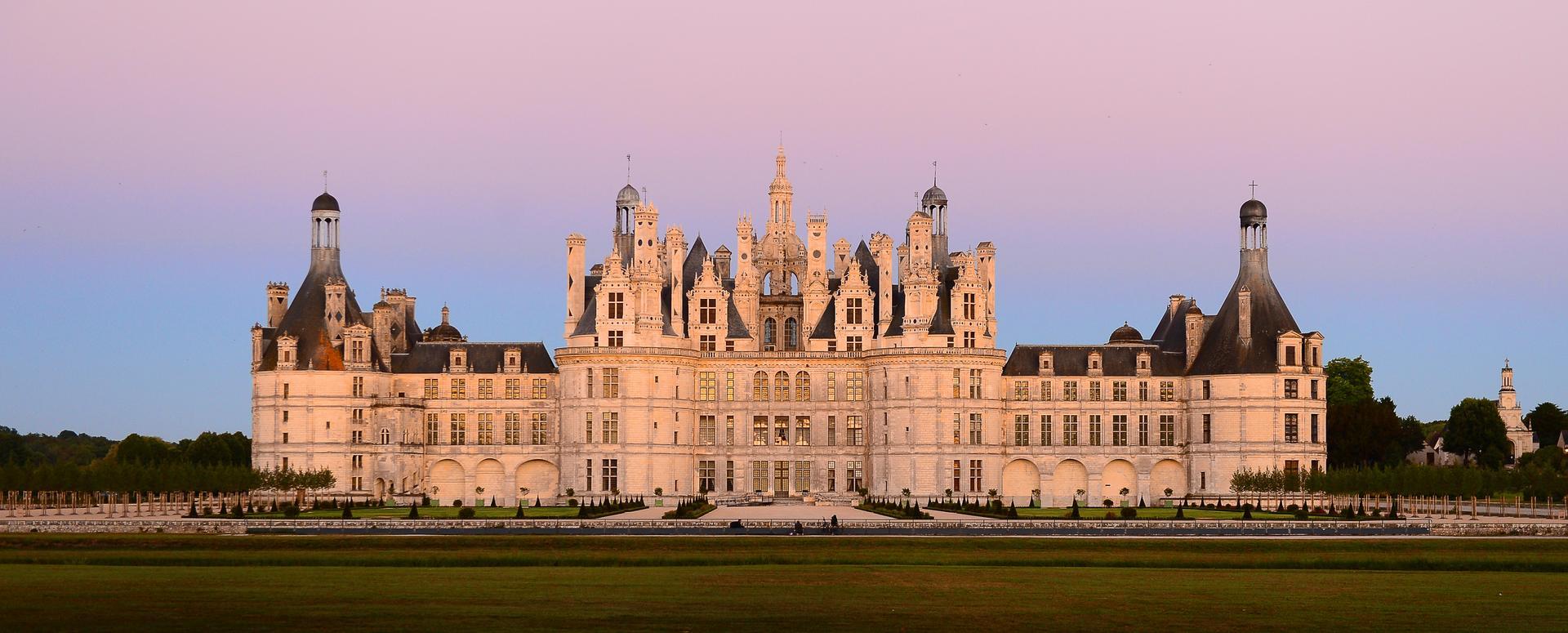 Chateau La Tour Carnet