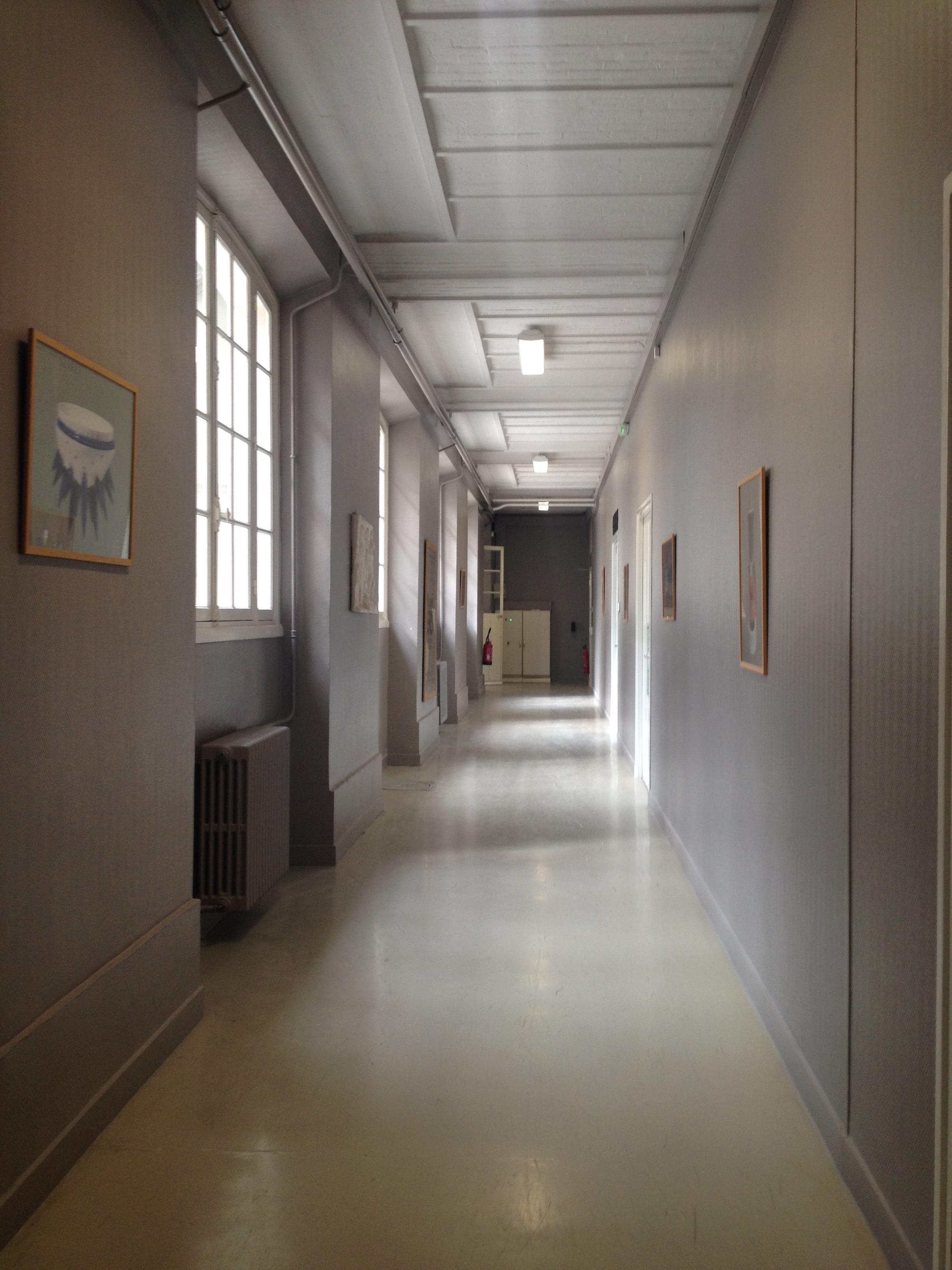 Sèvres-Cité de la Céramique - Couloir Gris | Film France